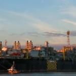 Procurando altos salários? Petróleo e gás têm!